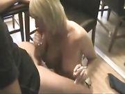 Utmärkt sex med en mogen blond